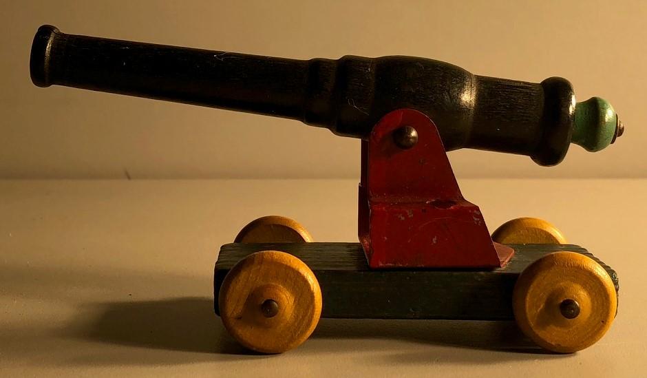 Strombecker Cannon